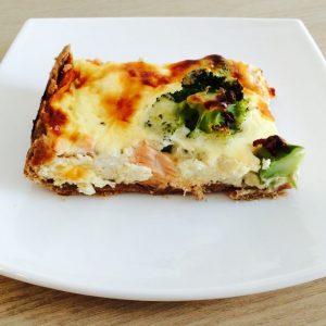 tarta cu somon si broccoli